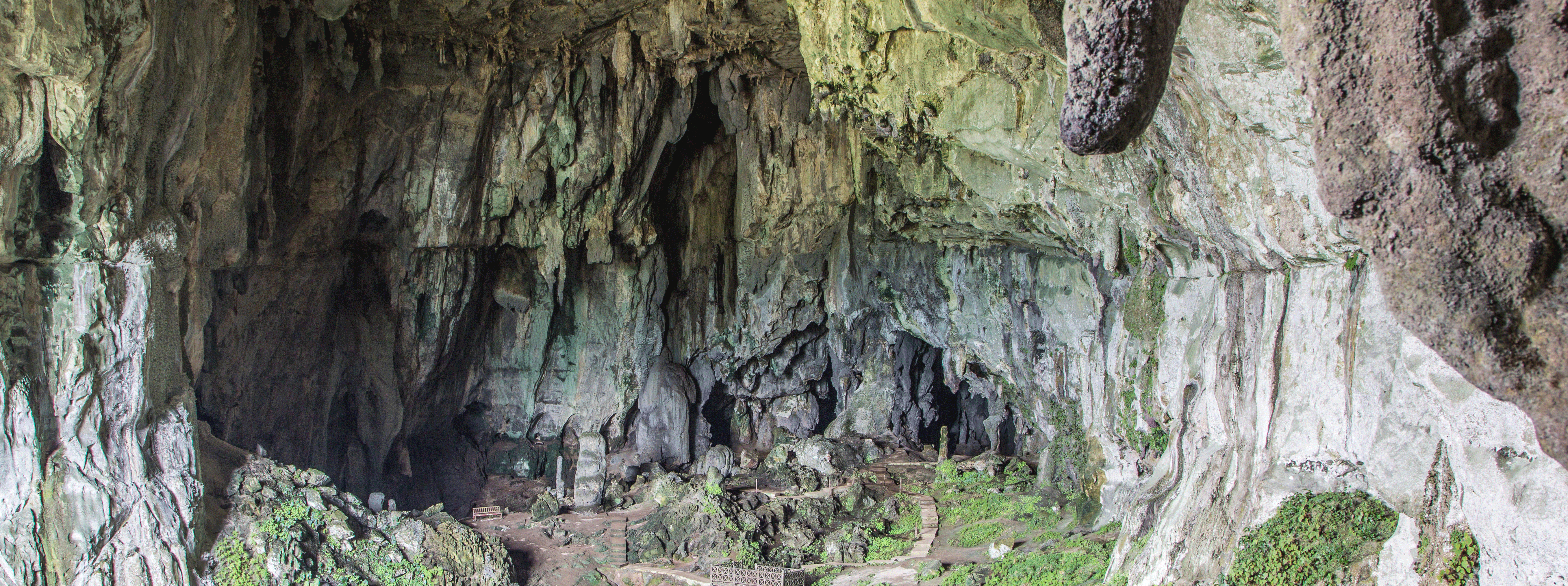 /resource/Images/borneo/headerimage/Fairy-Cave-Kuching.png