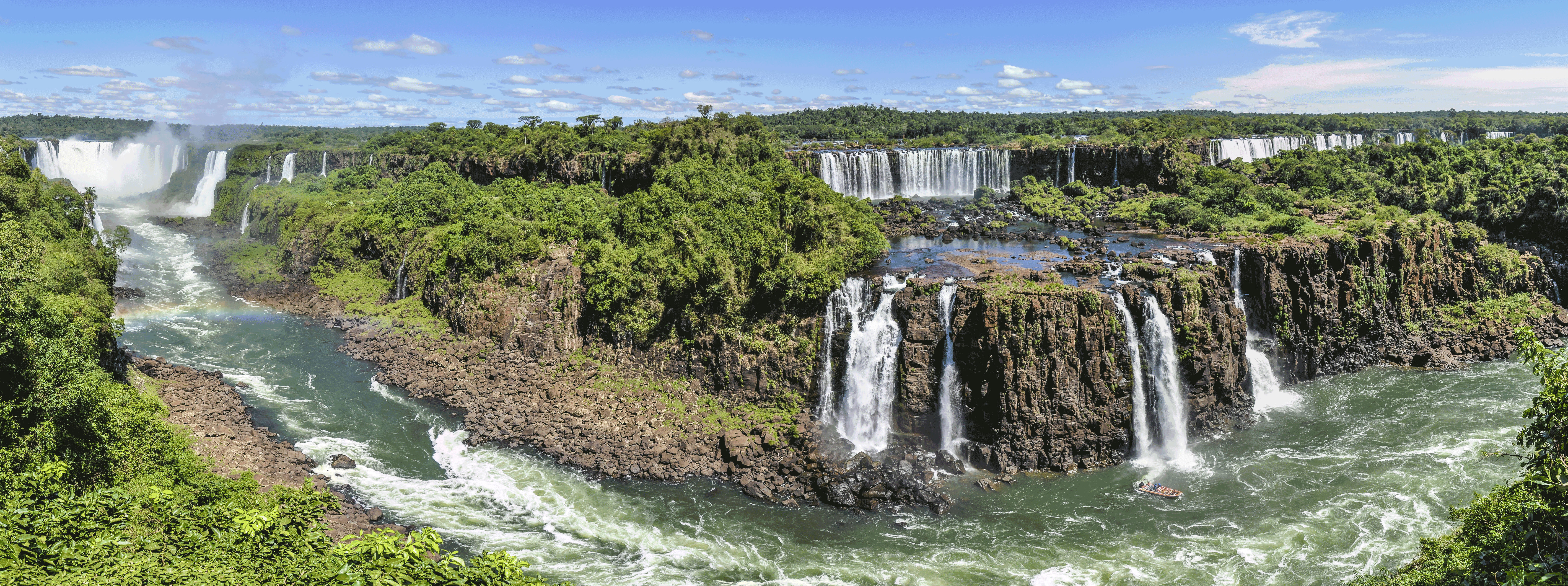 /resource/Images/southamerica/argentina/headerimage/Iguazu-falls-view-from-Argentina2.png