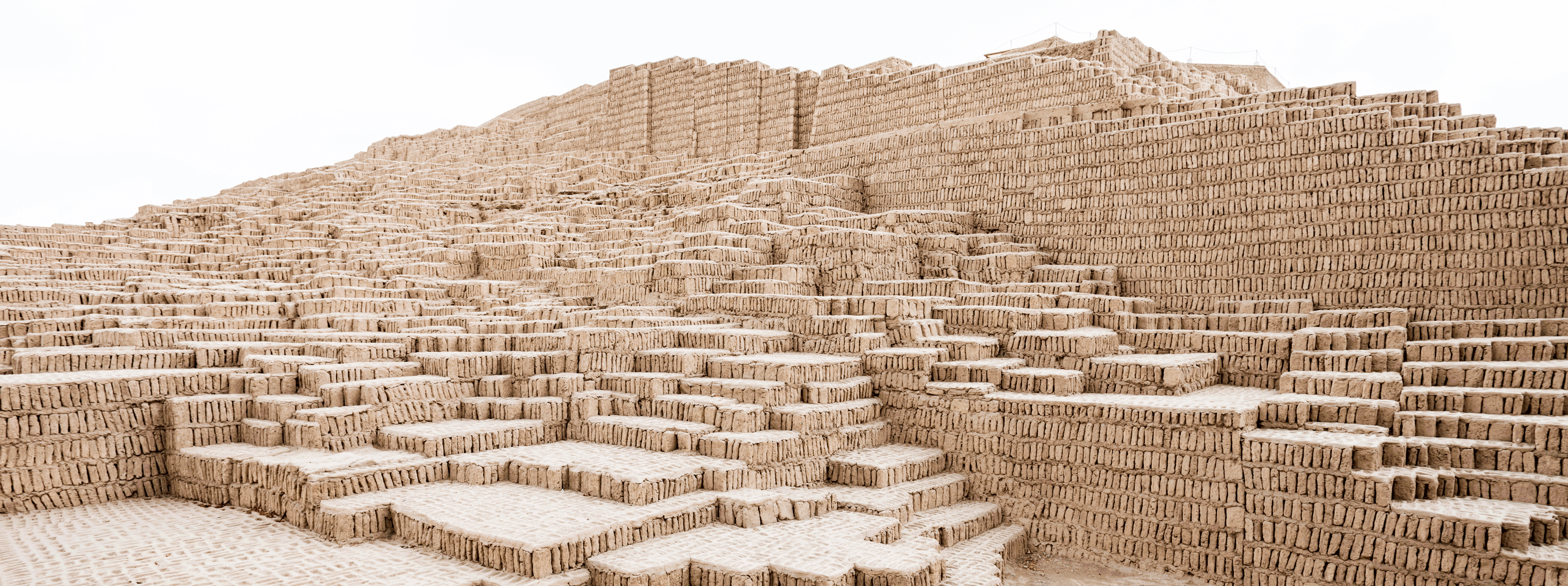 /resource/Images/southamerica/peru/headerimage/Huaca-Pucllana-Lima.png